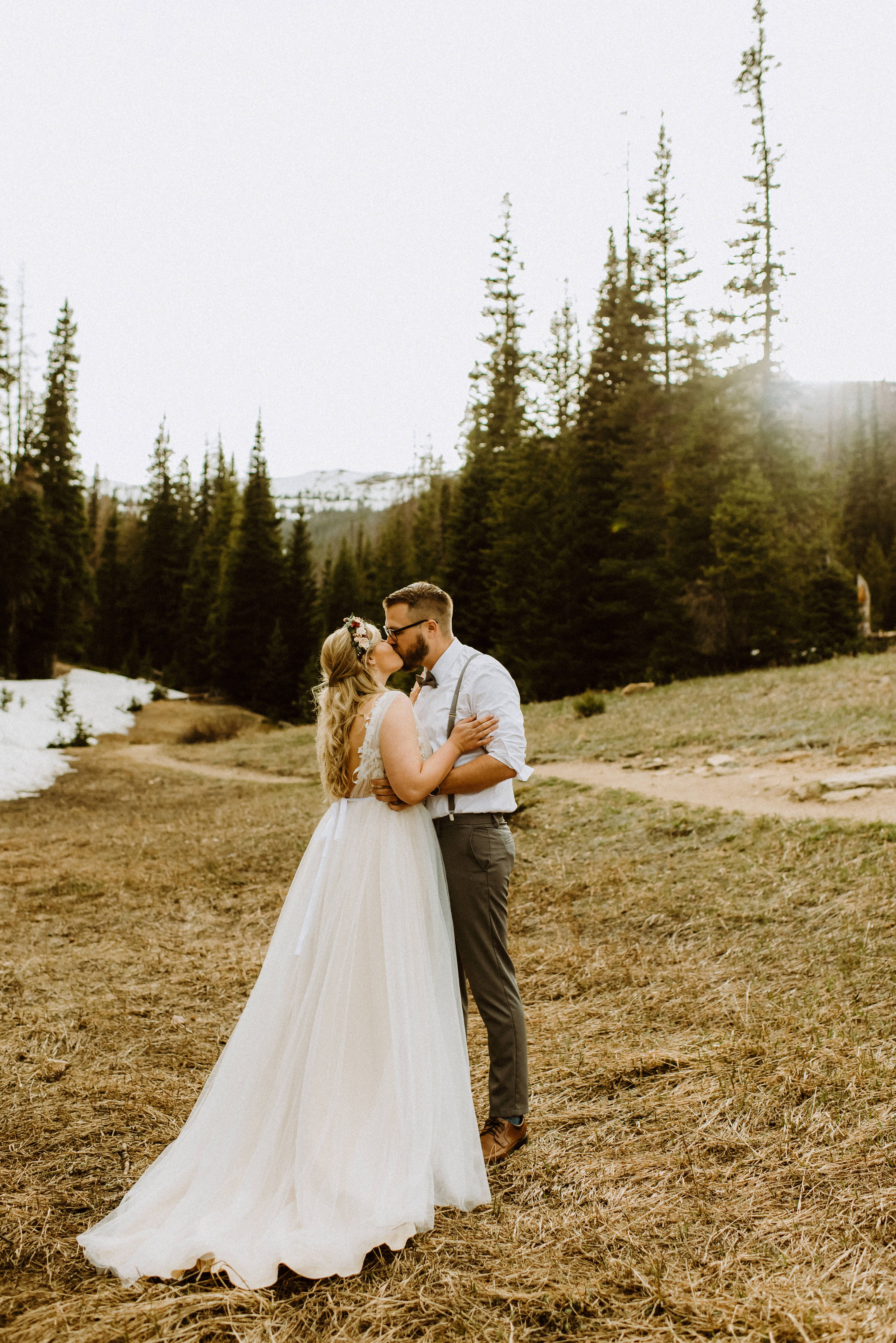 This Hidden Valley Colorado Elopement Is What Dreams Are Made Of Eloping In Colorado Is Easy With Simply Eloped And Colorado Wedding Colorado Elopement Elope