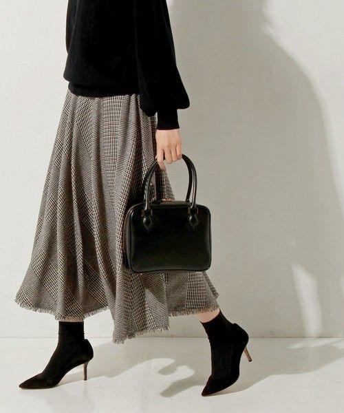 【ZOZOTOWN 送料無料・「ツケ払い」ならお支払は2ヶ月後】UNITED ARROWS(ユナイテッドアローズ)のスカート「UWBT サーキュラー フレア スカート」(15241624290)を購入できます。