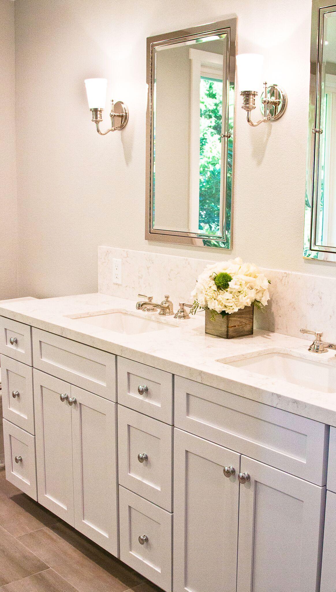 Master bathroom. Quartz countertop. LG minuet. | Quartz ...