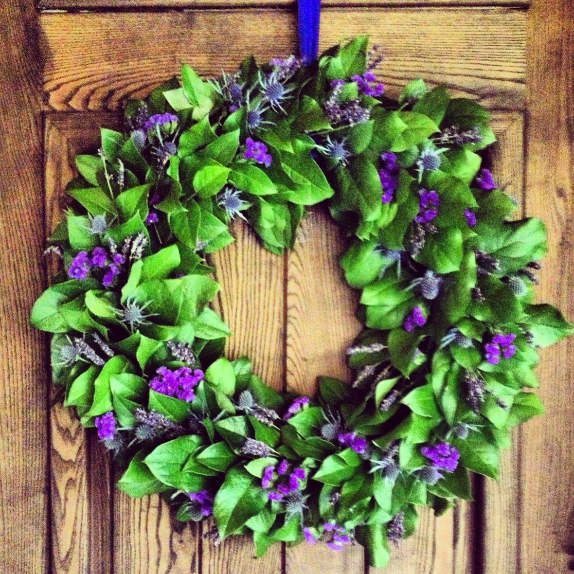 blue and purple wreath