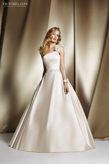 tienda de novias en naron y ferrol | elegancia exclusiva | vestidos