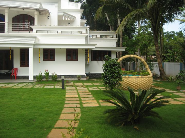 Image result for kerala well design house designs for Kerala style garden designs