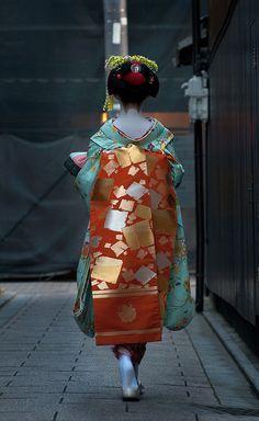 Maiko Japan, Kyoto Maiko, Japanese Maiko Geisha, Geisha Maiko, Geiko, And Geisha, Maiko And, Oiran, Kyoto Japan