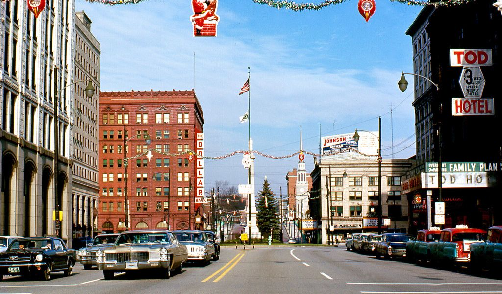 December 1964 Central Square Youngstown Ohio Shows 1964 Ford