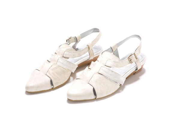 closed front open back shoes