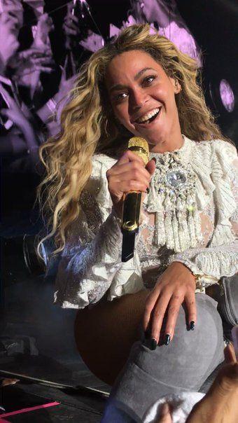 Beyonce formation tour #beyhive pit