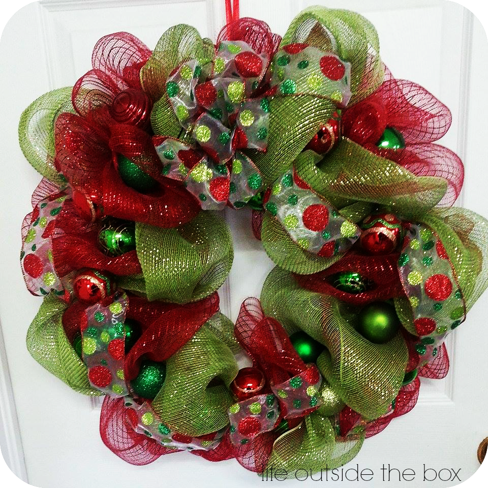 Beautiful homemade deco mesh wreaths for a fraction of the price beautiful homemade deco mesh wreaths for a fraction of the price you can easily baditri Gallery
