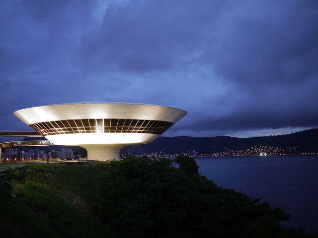 Honoring Niemeyer, Museum in Niteroi