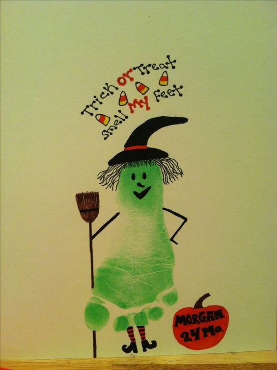 Easy DIY Halloween Crafts for Kids to Make - Handprint & Footprint Art #toddlercrafts