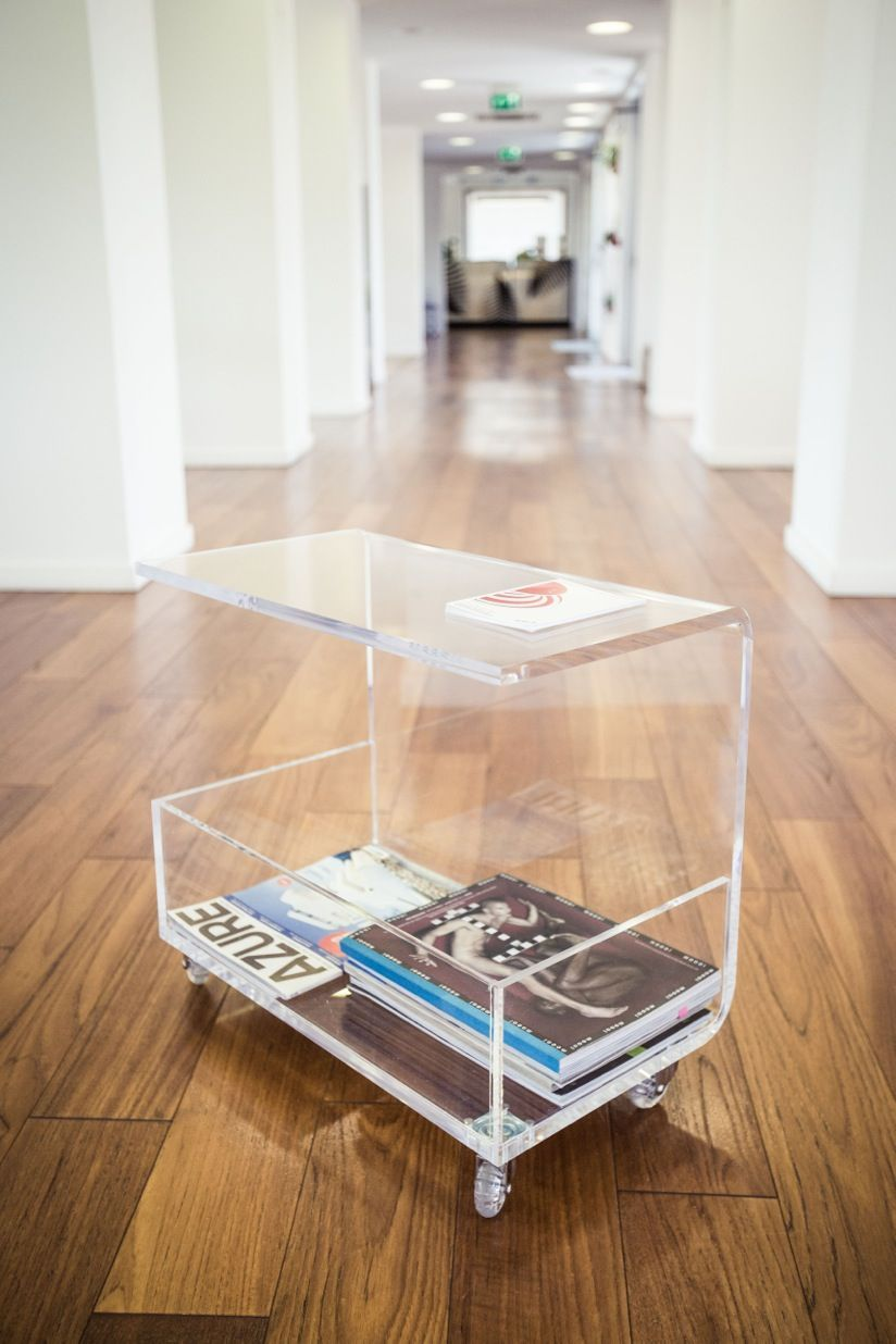 Clear Acrylic Coffee Table With Magazine Rack Design Designtraspae Plexigl Modern Interior Tavolino Portariviste