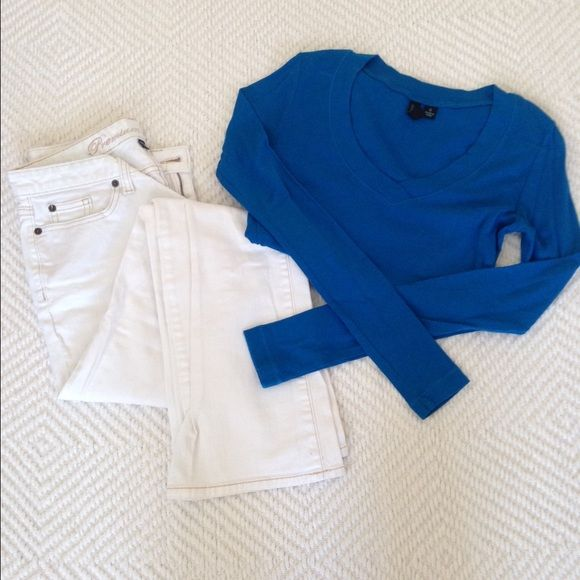Long sleeve comfy tee! This royal blue, long sleeve tee will add a pop of color to any outfit! Cynthia Rowley Tops Tees - Long Sleeve