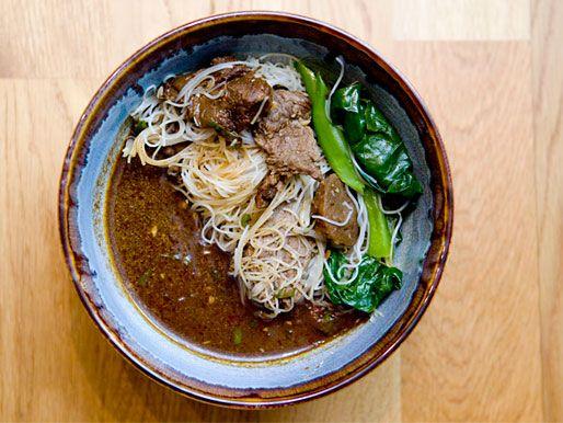 Knockout Noodles Andy S Thai Kitchen Chicago Eats