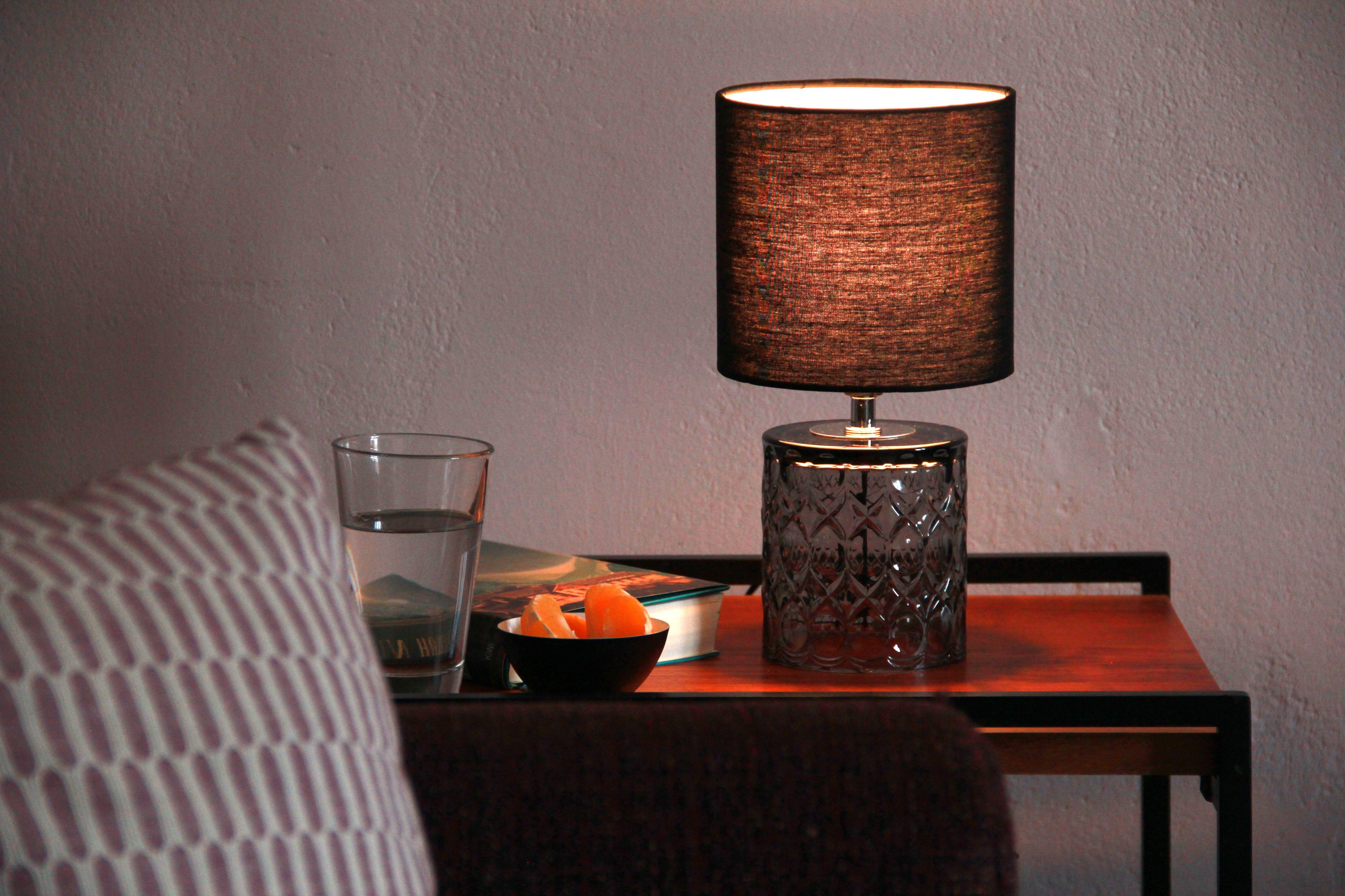 Tischlampe für das moderne Wohnzimmer in 7  Wohnzimmer modern