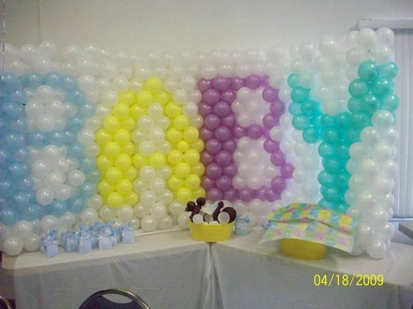 intricate balloon wall... Maybe saying VBS lol | VBS (county fair ...