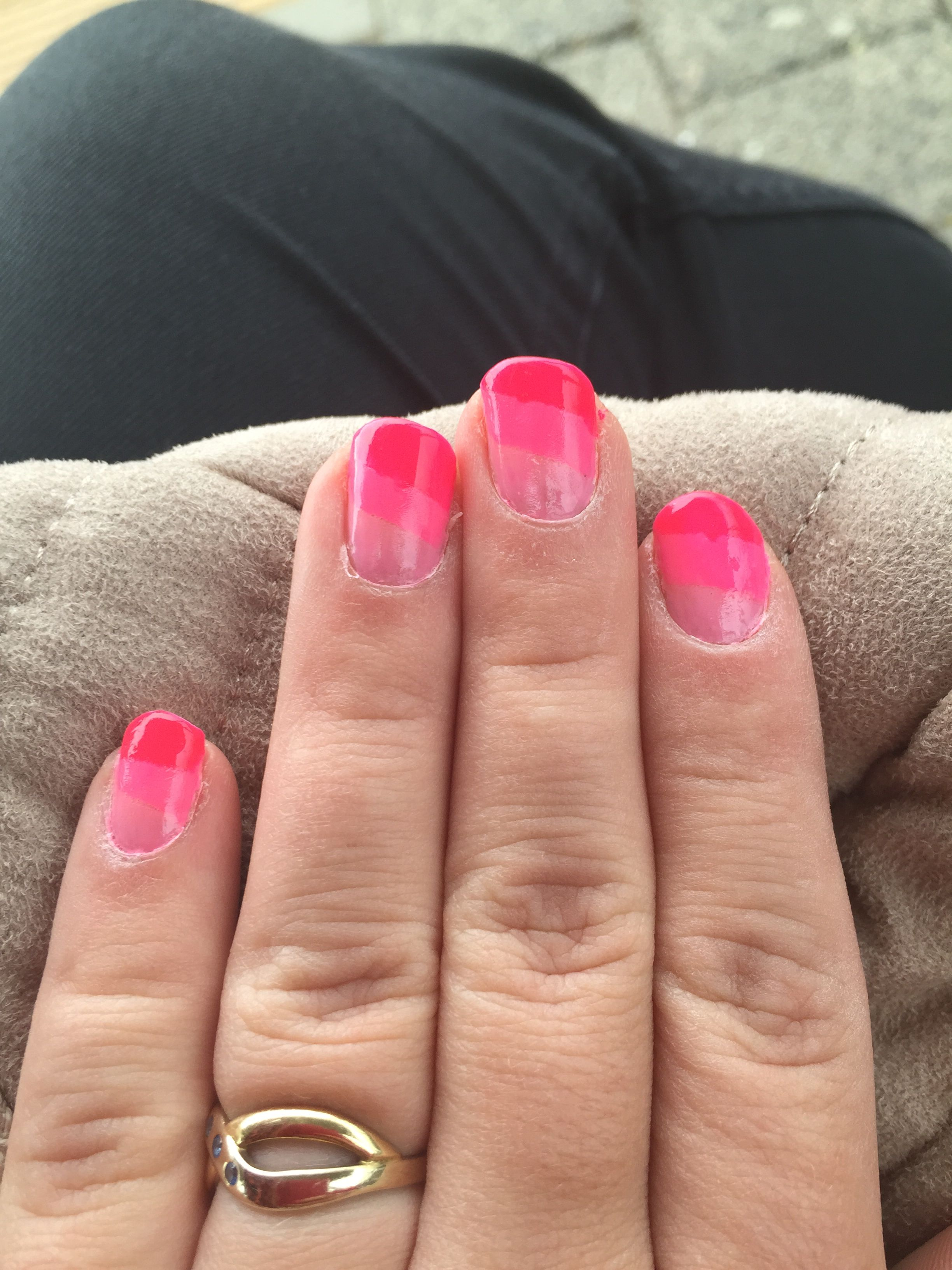 Three colors of pink so easy to make ☺️ happy with it