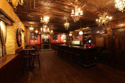 A lavish speakeasy - inspiration for #WestHouseNY #Speakeasy #NYC ...