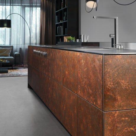 grifflose exklusive k che in corten stahl optik mit metallic lack oxydo k chenkonzepte von. Black Bedroom Furniture Sets. Home Design Ideas