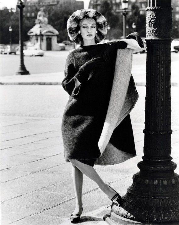 Ros Watkins in Nina Ricci wrap-over coat by John French (1961)