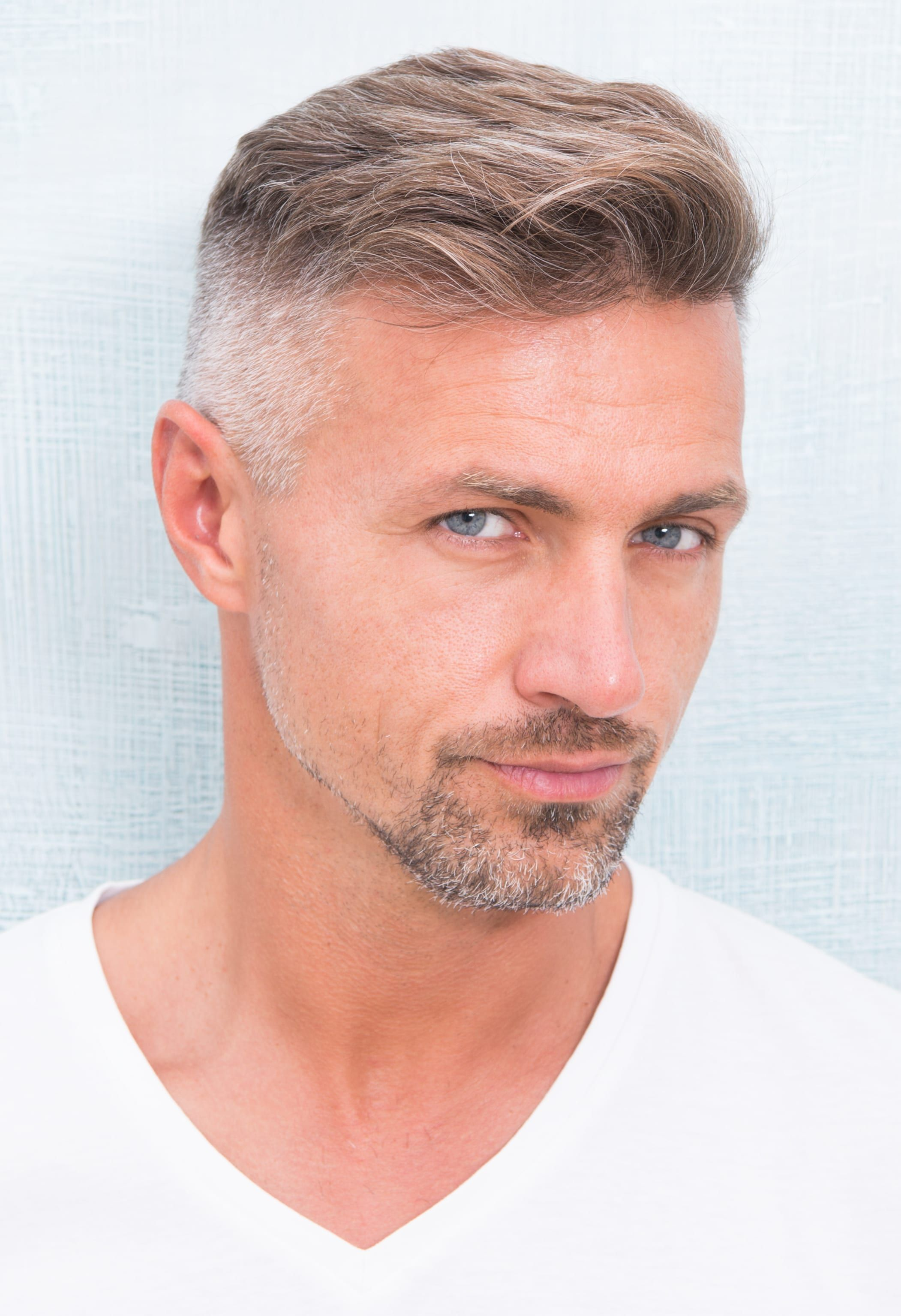 15 Glorious Hairstyles For Men With Grey Hair A K A Silver Foxes In 2020 Thin Hair Men Grey Hair Men Mens Hairstyles