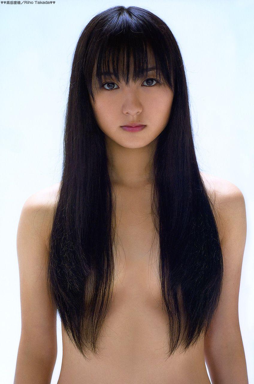 髪ブラをする高田里穂