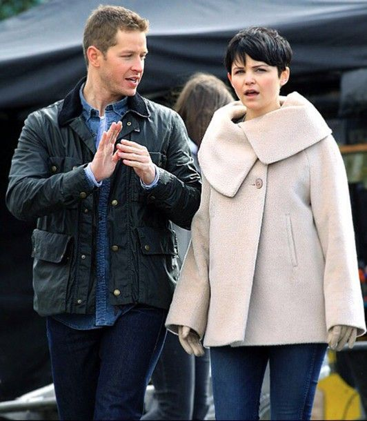 mary margaret blanchard ginnifer goodwin white coat winter coat ...