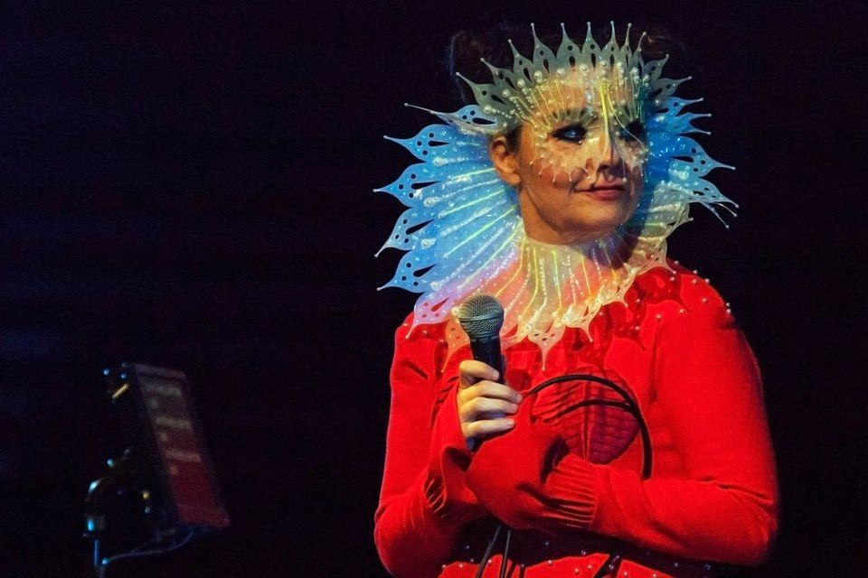 Björk with a Dress by David Ferreira / Headpiece by James Merry