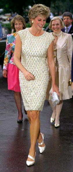 """June 15, 1995: Diana attended a ballet performance at the Bolshoi Theatre in Moscow, Russia. She viewed a special performance of """"Les Sylphides""""."""