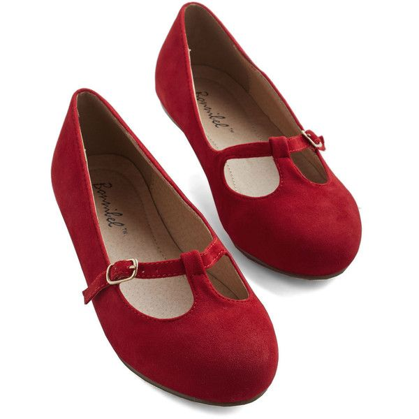 Vintage Inspired On a Stroll Now Flat (£15) ❤ liked on Polyvore featuring shoes, flats, ballet flat, flat, red, ballerina shoes, t strap ballet flats, ballet pumps, red flats and flat shoes