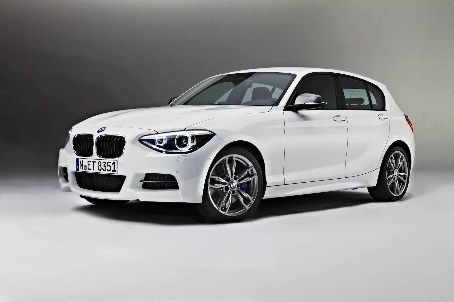 Bmw 1 Series 3 Door And M135i F21 Official Wallpapers Info