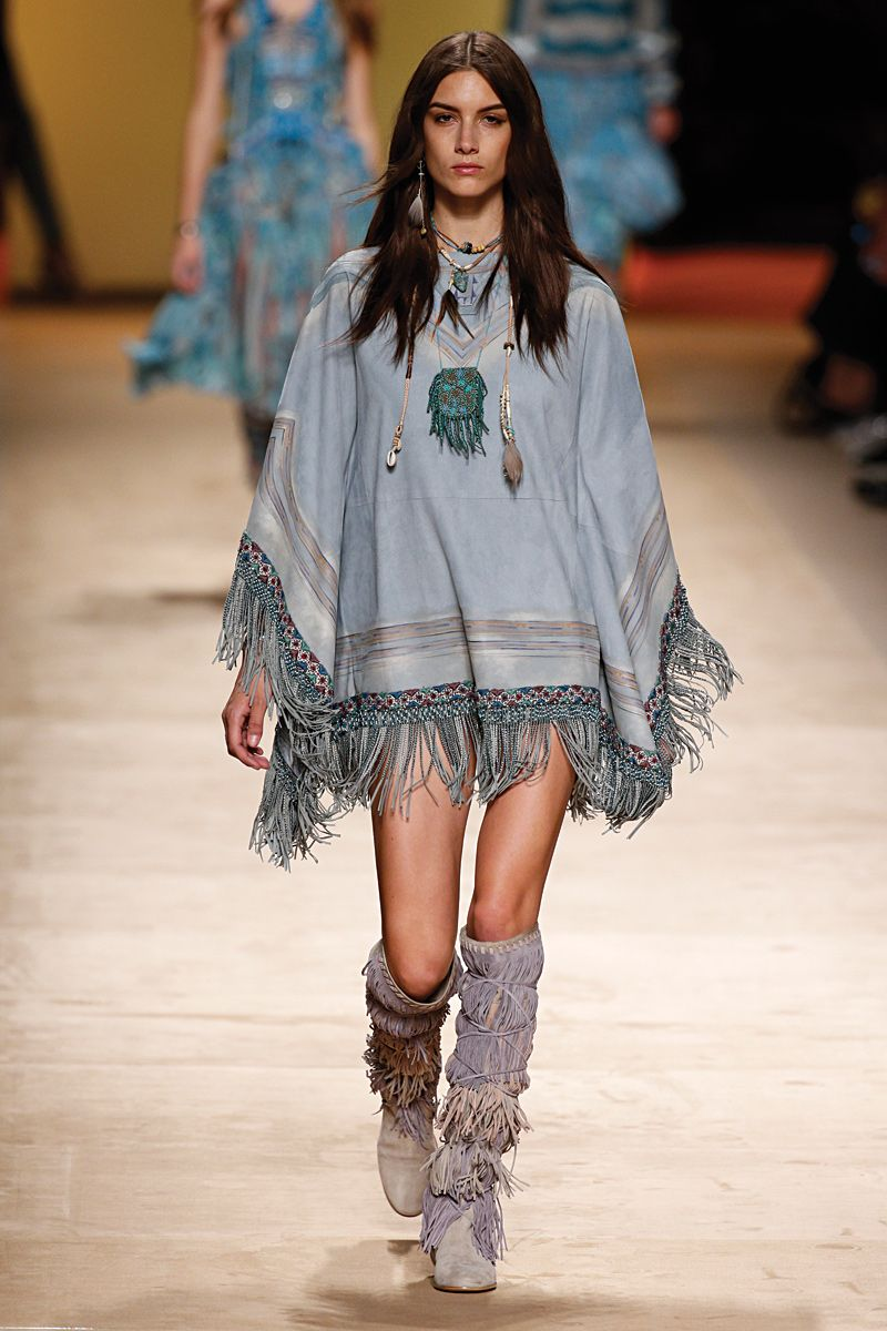 Catch up on this season's hottest trends with 189 runway ...