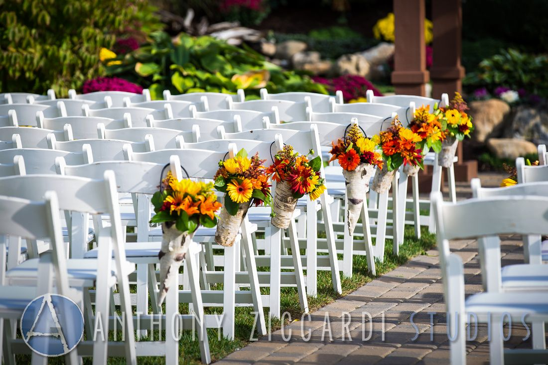 #bride #groom #wedding #bigday #photo #weddingphotos #aziccardi #anthonyziccardistudios #minerals #bridalparty #details #flowers #chairs #aisle
