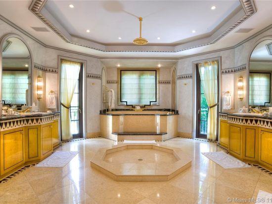 10 Palm Ave, Miami Beach, FL 33139 | Bathroom, Inexpensive ...