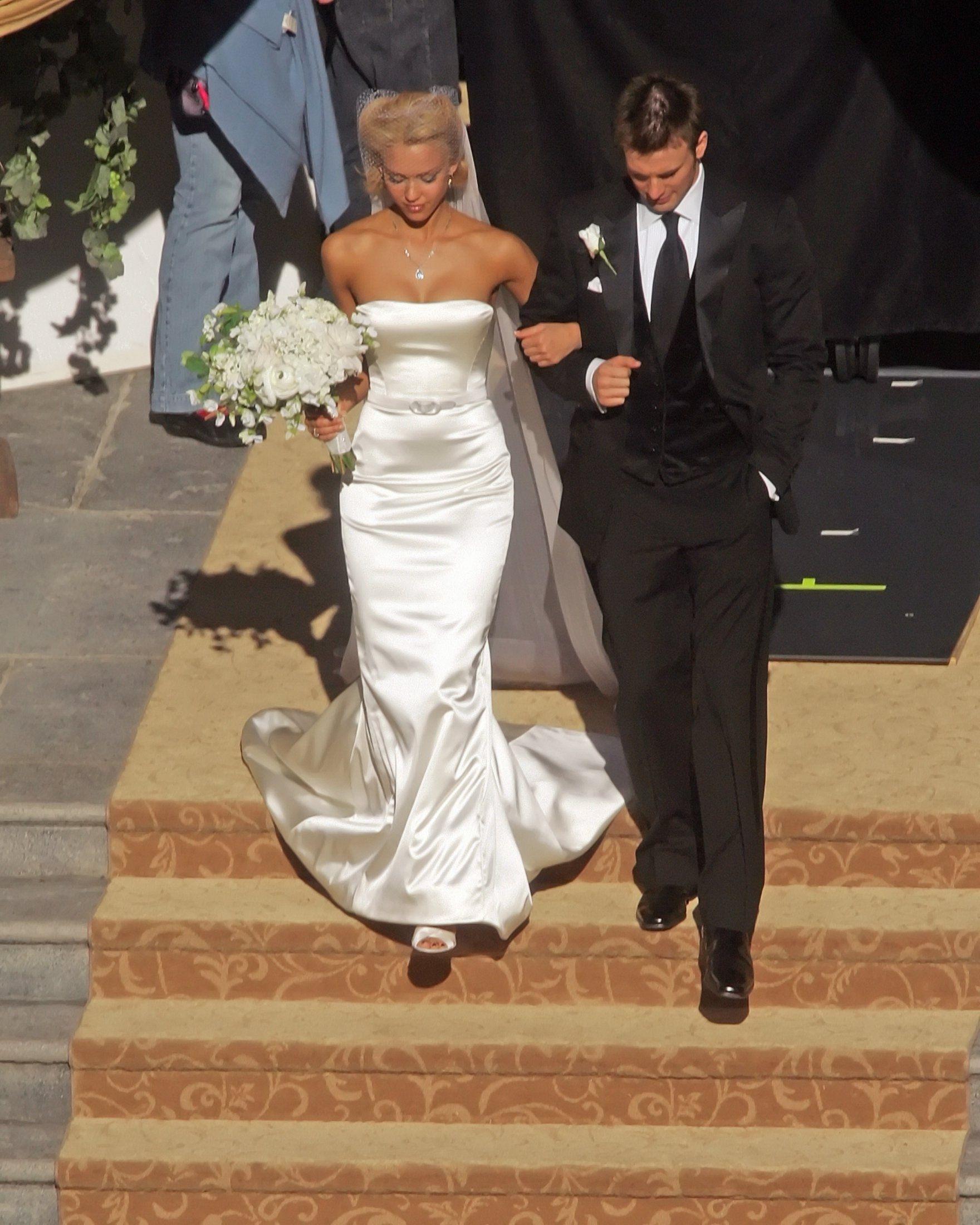 Jessica Alba Wedding Dress