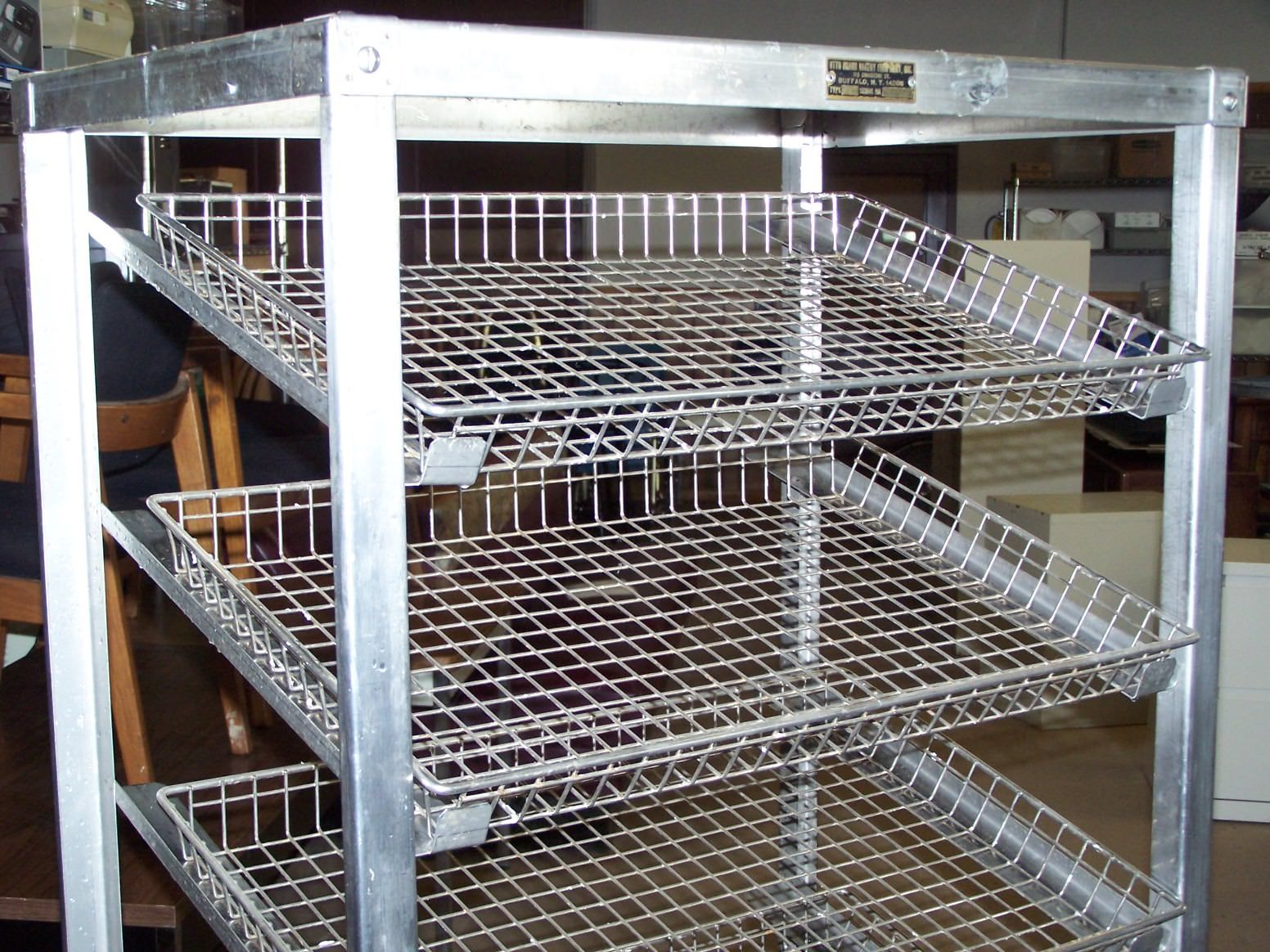Commercial Bakers Rack Design Styles In 2020 Rack Design Bakers