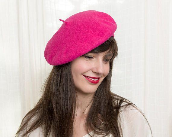 Vintage Hot Pink Beret - Classic Wool Fleur de Lis French Beret Hat ... 3378006776b