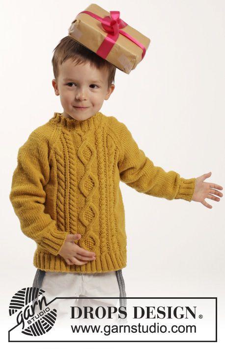 """Strikket DROPS genser i """"Merino Extra Fine"""" med fletter og raglan. Str 2 - 10 år ~ DROPS Design"""