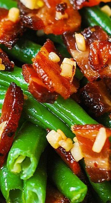 Thanksgiving: Garlic and Bacon Green Beans