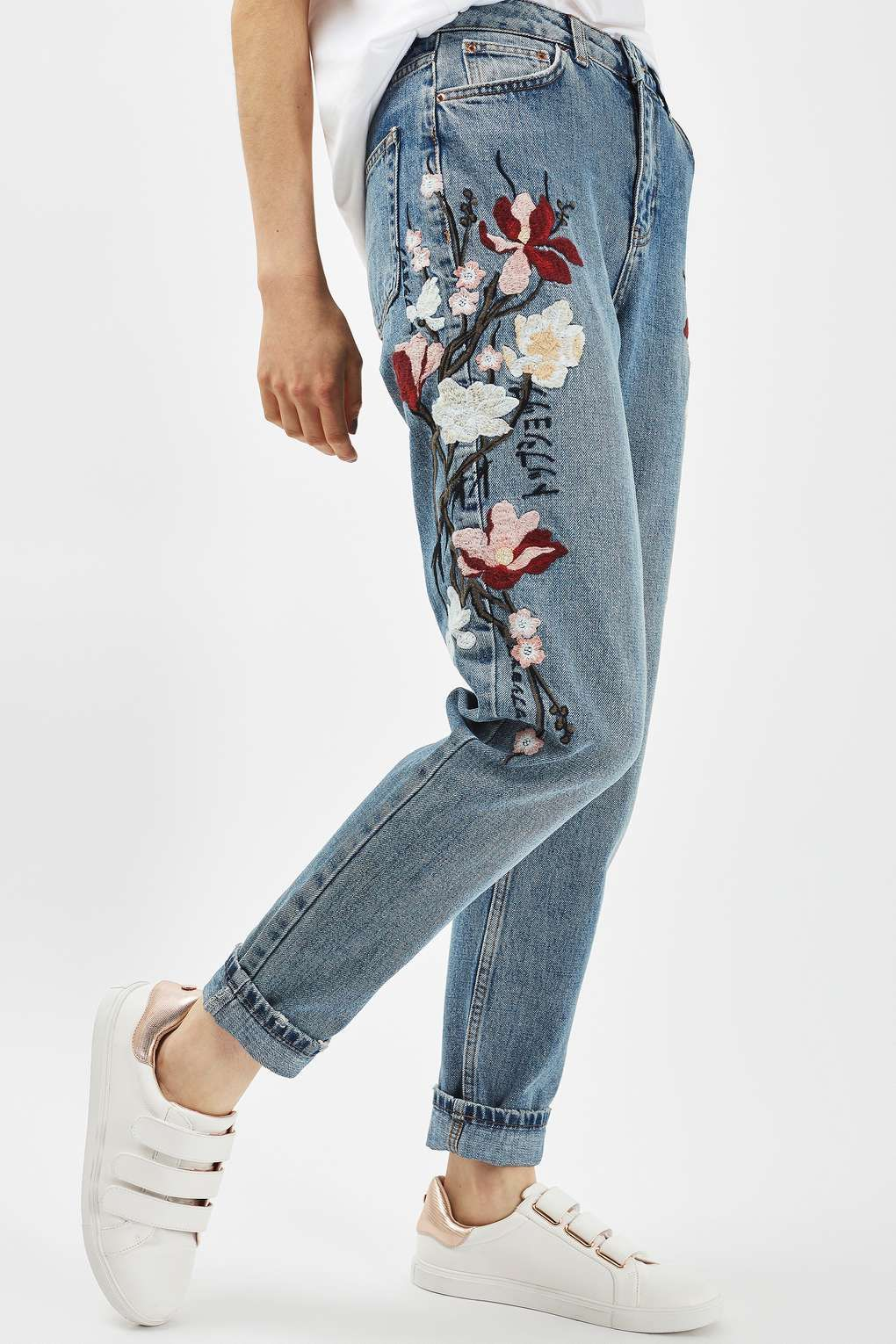 1f0d2ae5a11a MOTO Floral Embroidered Mom Jeans in 2019
