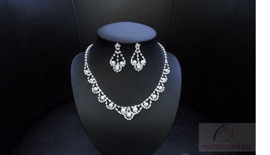 Csillogó esküvői nyakék szett strassz kövekkel és gyöngyökkel díszítve 8bc117c10a