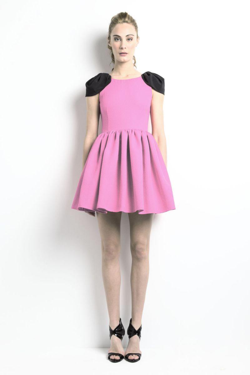 Vestido Vuelo Alas Aldora | Pinterest | Fiestas rosadas, La espalda ...
