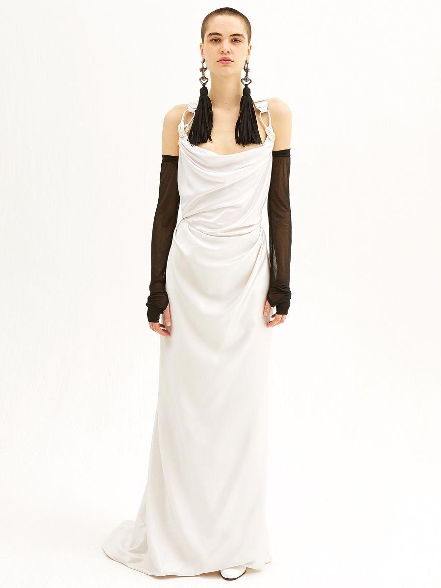 See Vivienne Westwood Wedding Dresses From Bridal Fashion Week Vivienne Westwood Bridal Vivienne Westwood Wedding Dress Wedding Dress Styles [ 1200 x 900 Pixel ]