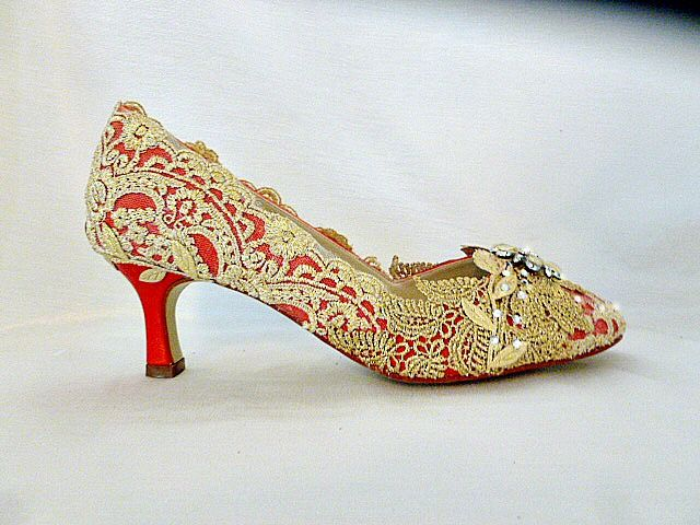asian bride wedding shoes red and gold Wedding Shoes Pinterest