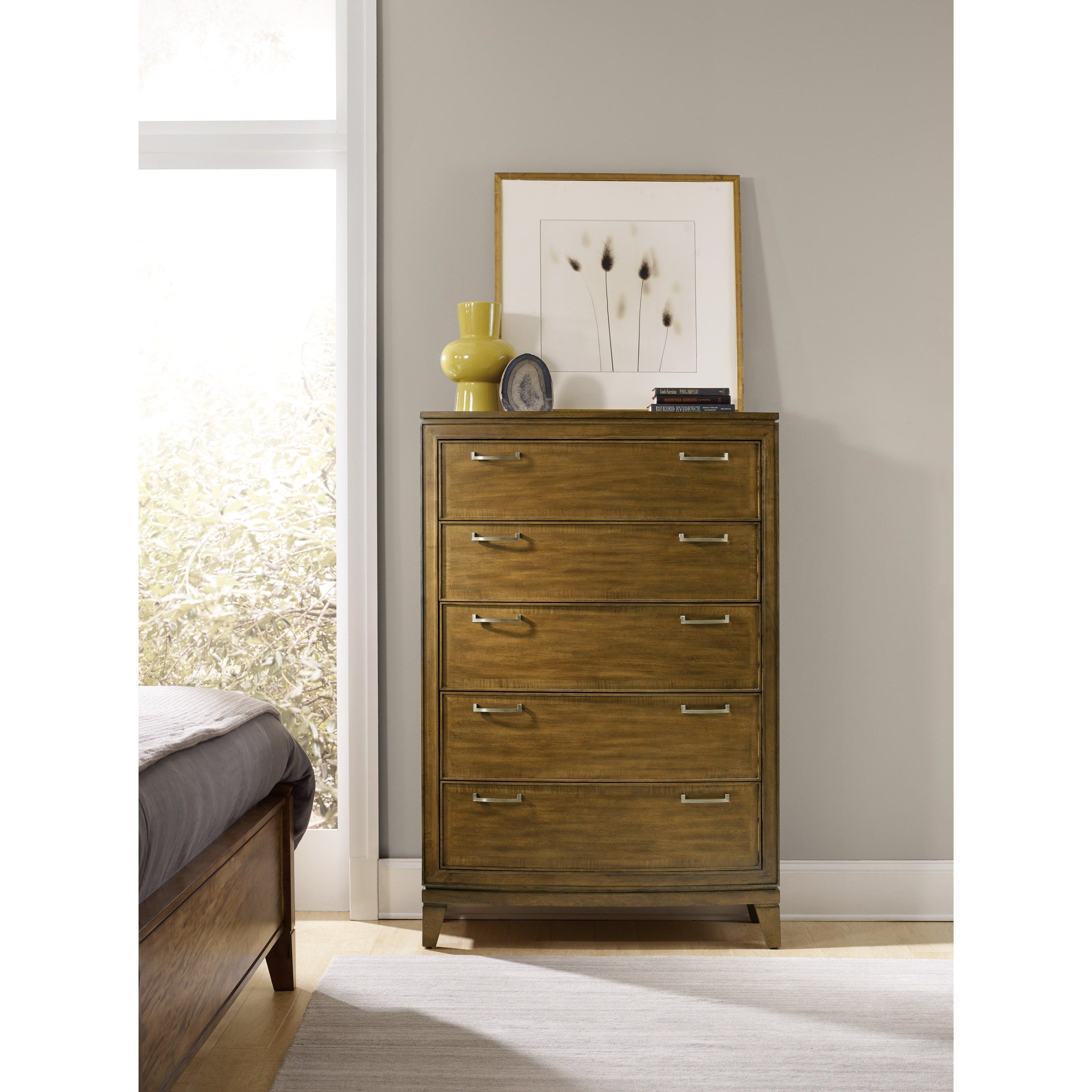 This transitional chest features exceptional storage space for your