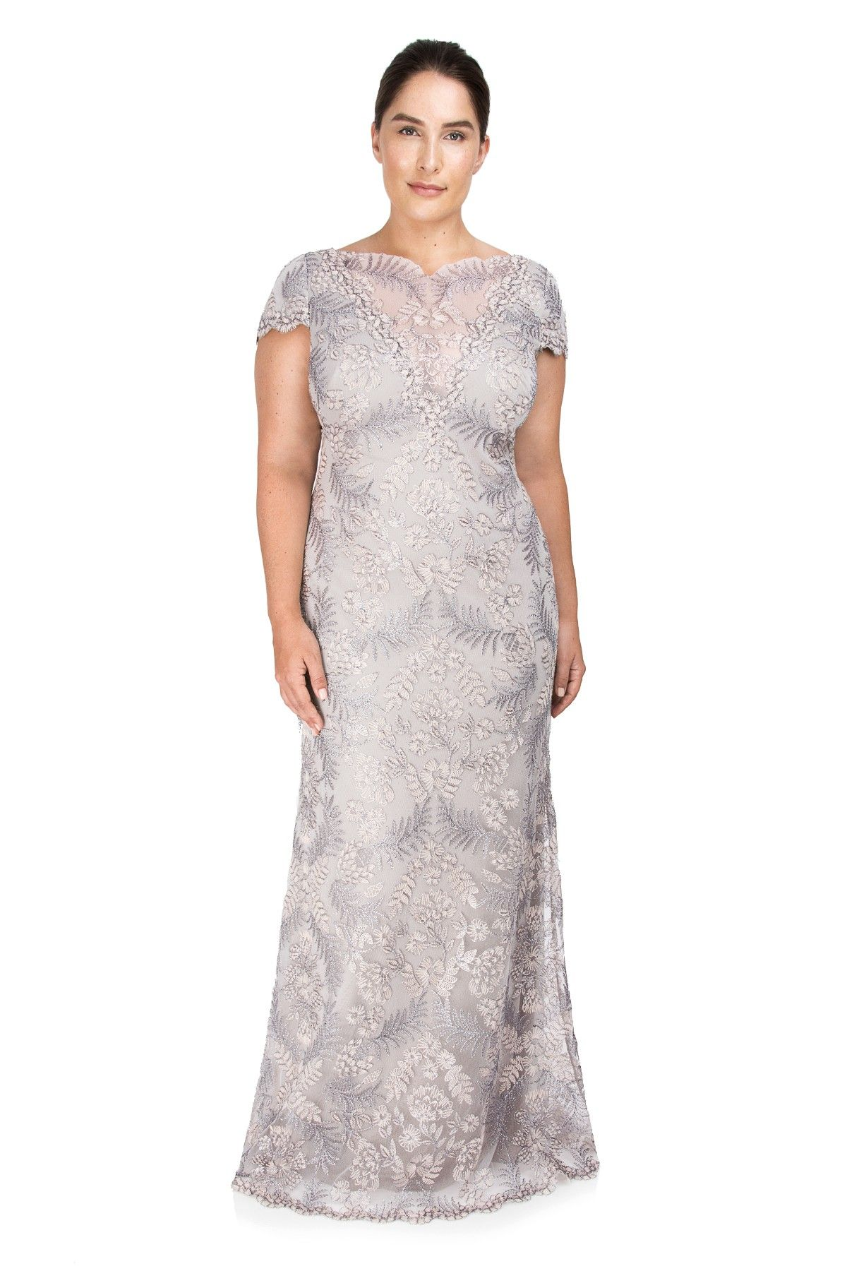 Tadashi Shoji Plus Size - Pemba Gown | Curvy Girls | Pinterest ...