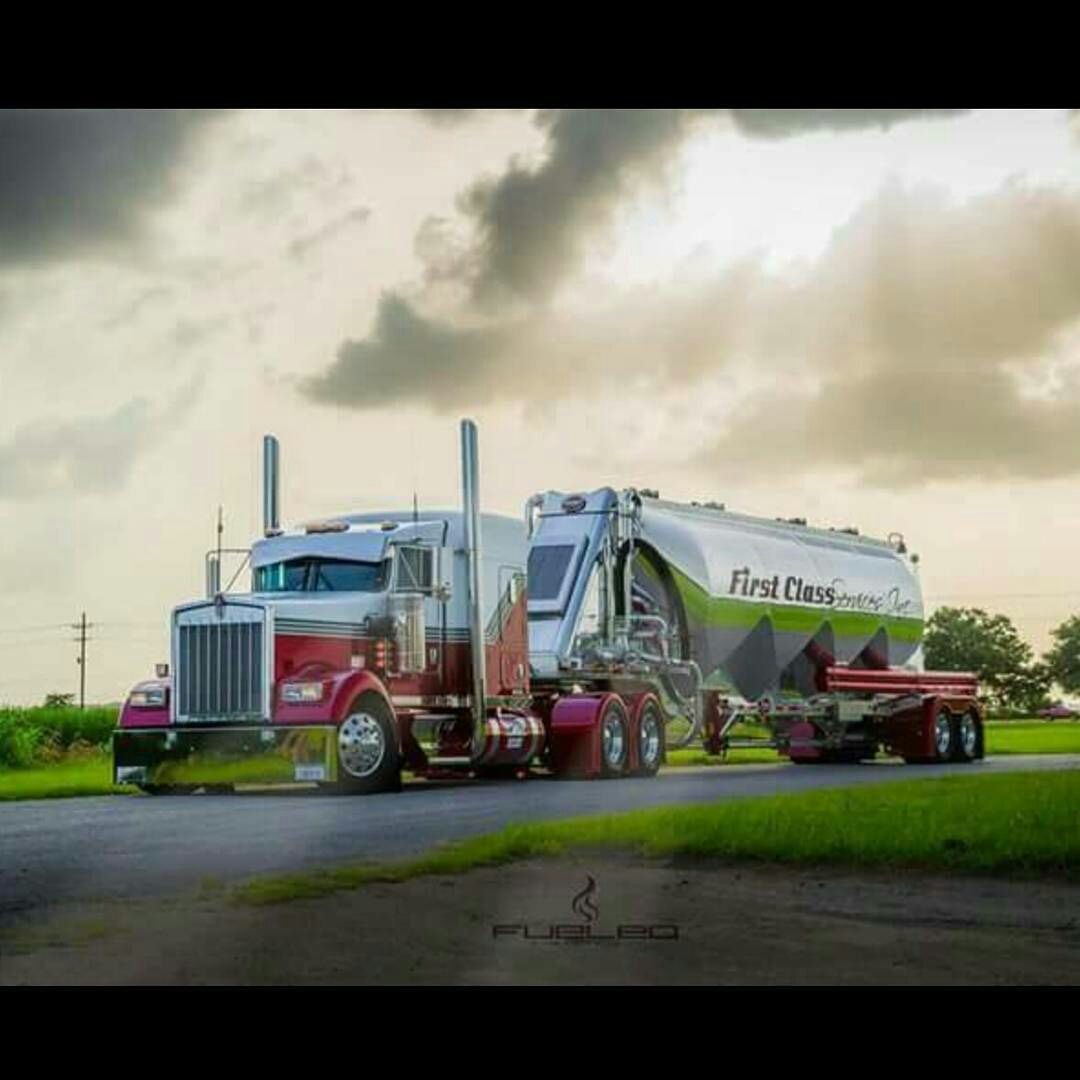Kenworth custom W900L with matchin tanker