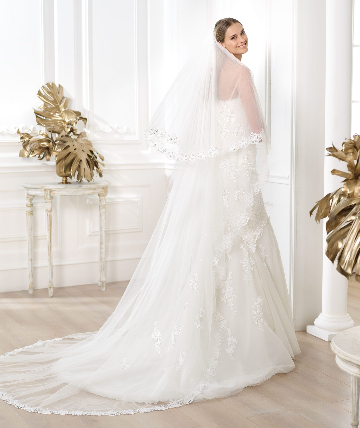 Pronovias presents the lanete wedding dress fashion