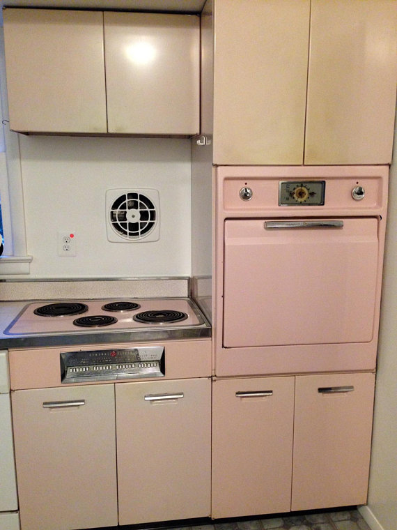 Fully Functional Vintage 1952 General Electric Powder Pink Electric Wall Oven And Stovetop In Great Condit Electric Wall Oven Pink Kitchen Appliances Wall Oven