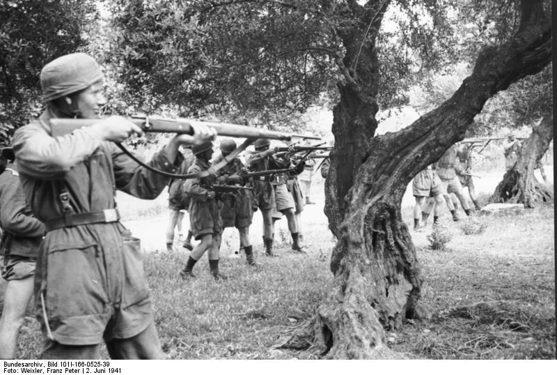 Nazi atrocities in Crete: Murdering civilians, women and children