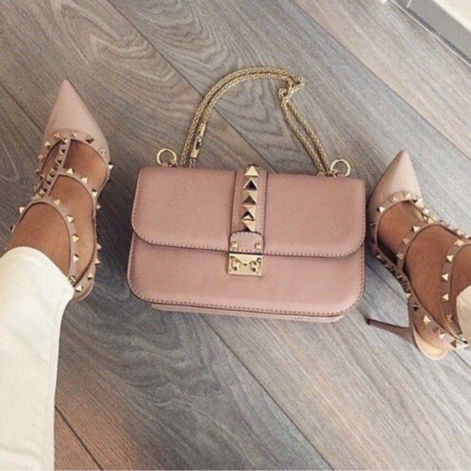 ws24lk l c680x680 shoes high heels bag studded shoes gold