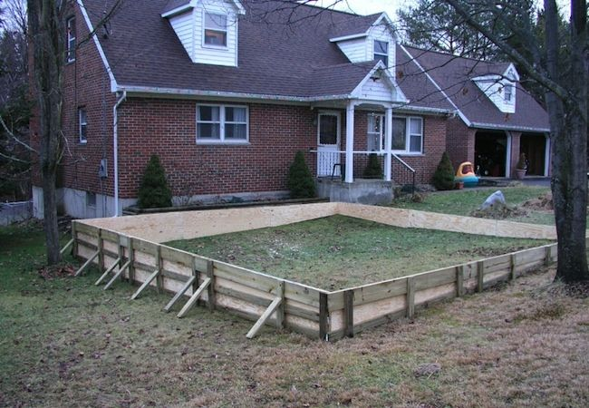 Backyard Ice Rinkhow Cool Would This Be One Day Things To - Backyard ice rink liners
